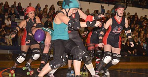 Gorge Roller Girls won last Saturday night.