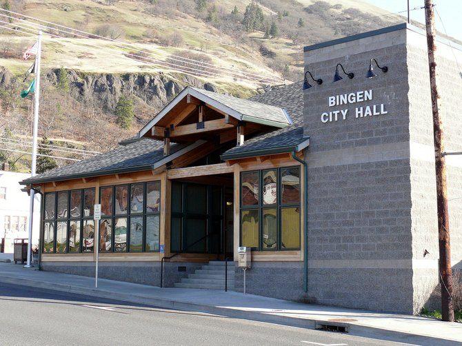 The City of Bingen has a new animal control officer, which is shares with Goldendale. Rick Johnson, Goldendale Police chief, recently briefed the Bingen City Council on a few gaps in coverage that occurred while the new officer was found.