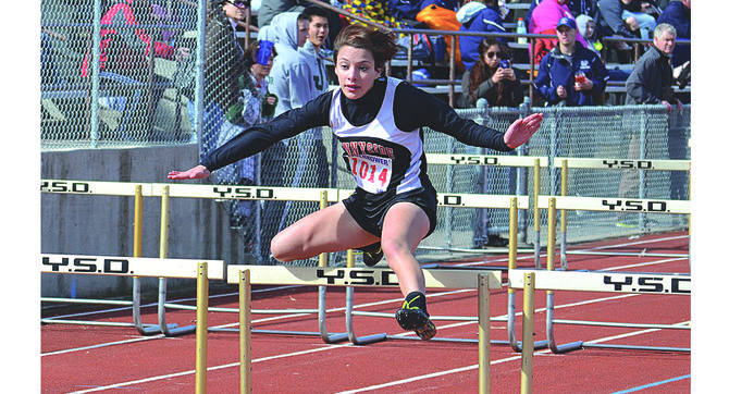 Sunnyside's Ana Diaz sprints to finish first in her heat of the freshman 100m hurdles event. Diaz later claimed seventh-place honors in the freshman event in a time of 19.56, right behind teammate Adela Casteneda in sixth place at 19.41.