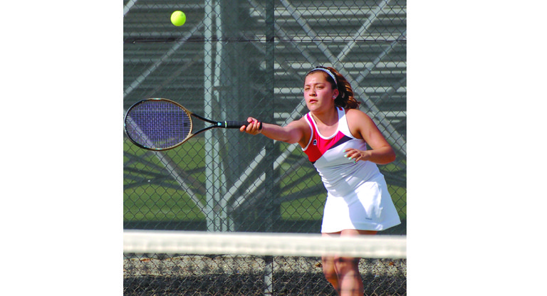Sunnyside's Elexis Lepe won a few serves, but ultimately lost her match against Eisenhower yesterday.