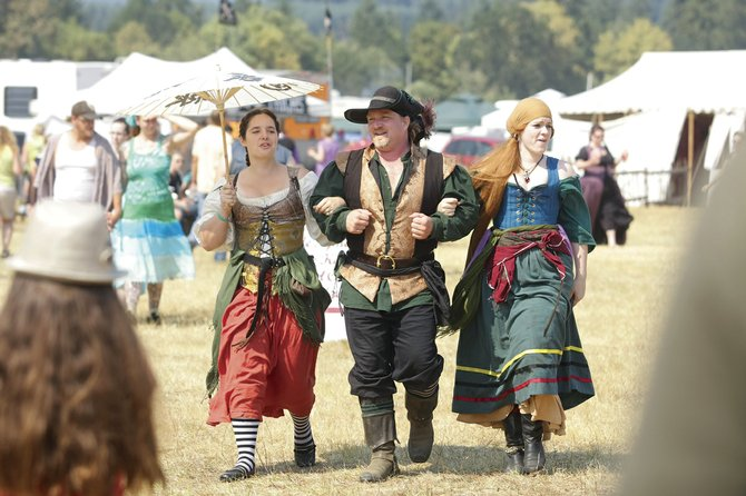 PETE STRONG/Itemizer-Observer file