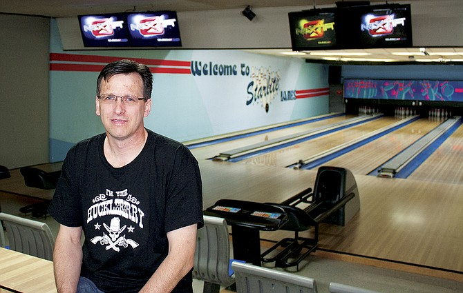 Mike Reed went from pin chaser to owner of Starlite Lanes in Dallas.