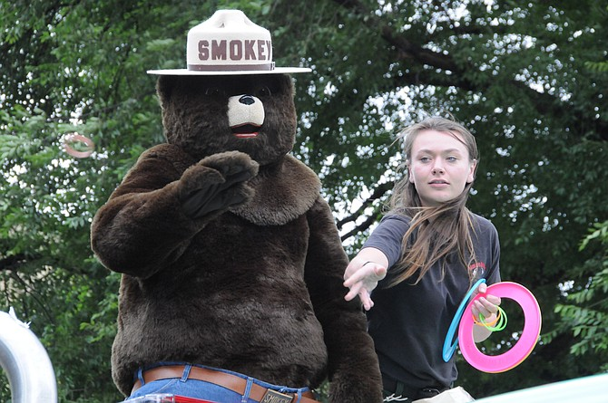 SmokeyBear and USFS helpers have been busy this summer spreading the word at community parades and events to be safe with fire. This duo was at White Bird Days parade.