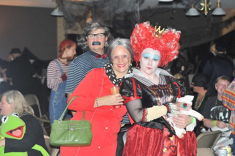 Halloween Ball of Fun. Idaho County residents donned their costumes for a cause Saturday Oct. 29. Teri  sc 1 st  Idaho County Free Press & Halloween Ball of Fun | Idaho County Free Press