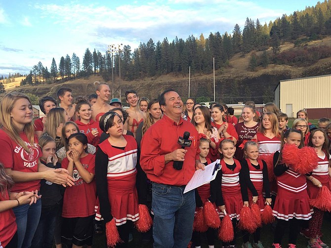 Contributed photo / Lara Smith Tom's Tailgate (KREM 2 News) comes to Kooskia! Tom Sherry is here having fun at Clearwater Valley High School.