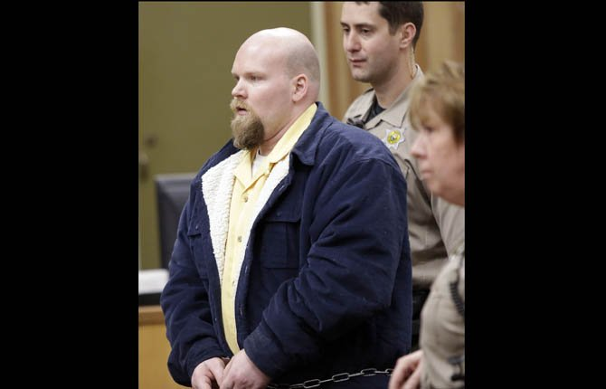 Brent Redd enters court for his plea and sentencing hearing in St. Helens Feb. 12, 2013.