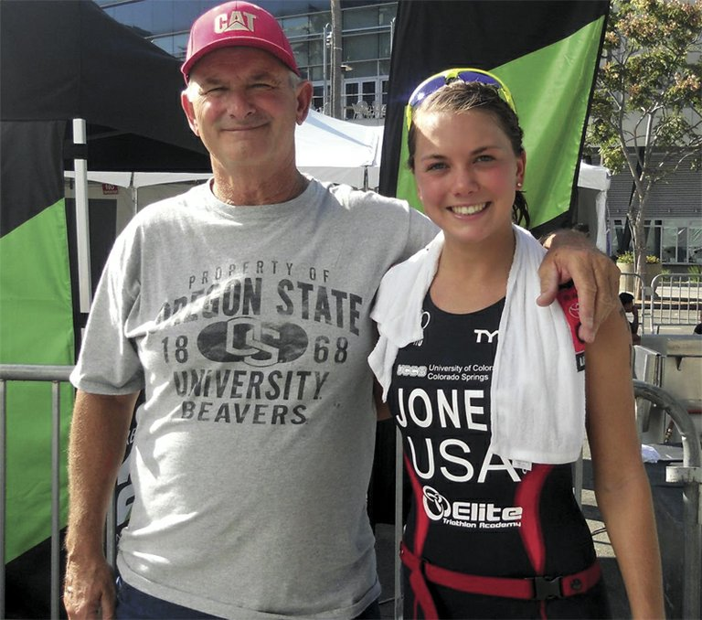 Erin Jones with dad Tony after winning the USA Triathlon National Championship.