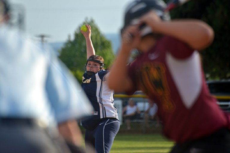 Kayla Byers pitches to a The Dalles-Wahtonka hitter during a 7-2 HRV win May 10, 2013.