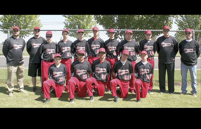 MEMBERS of the 14U Sluggers Junior Baseball Organization team (pictured from left to right, front row), Court Strizich, Boston Bate, Denzel Arellano, Izaac Tapia and John Miller are joined by in the back row by coach Brandon Strizich, coach Sean Herriges, Tanner Herriges, Dawson Hoffman, William Justesen, Jacob Wetmore, Preston Klindt, Tyler Westin, Daniel Peters, coach Jeff Justesen and Dan Klindt for a group shot after three days of play at the Redmond High Desert Classic. They went 4-2 in six tough games.