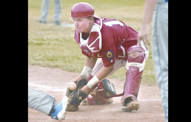 The Columbia Gorge Hustlers ran their winning streak to four games after rolling to a two-game sweep with wins of 7-2 and 11-1 over the Northwest Star Knights Tuesday in American Legion baseball play at Quinton Street Ballpark.