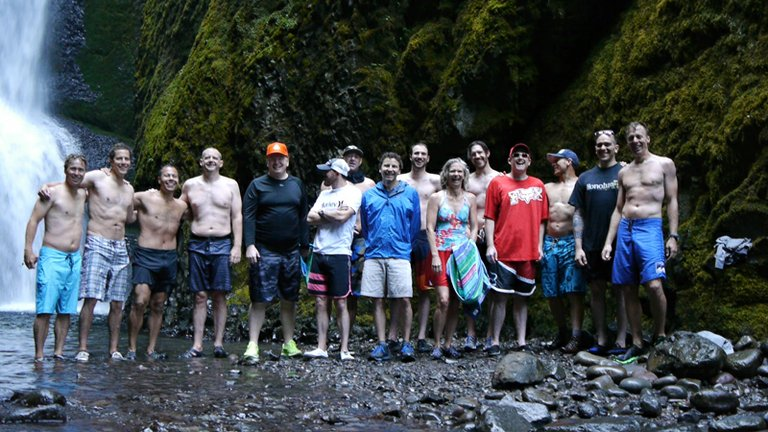 GLOBAL SESSIONS has hosted several retreats since launching less than a year ago. Pictured here are Sales and Sweeting guiding an out-of-town corporate group to Oneonta Gorge as part of its extracurricular activities..
