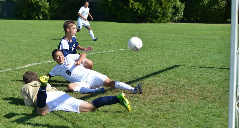 GOAL: Manuel Mozqueda scored on this sliding kick, giving HRV a 5-1 lead Saturday.