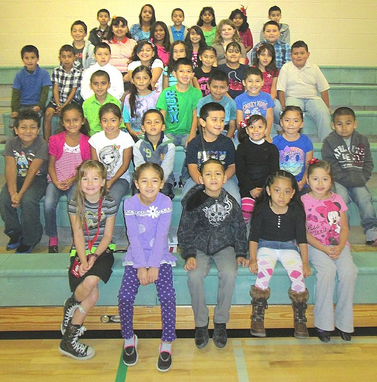 The Outlook Elementary School students of the month for September are (front L-R) Addison Hunsaker, Sonia Olivera, Christian Huerta, Jamyleth Jara- Castellanos and Vanesa Licona-Jimenez; (second row L-R) Omar Gomez, Danari Ceja, Cassandra Hernandez, Bryan Chavez-Sanchez, Eric Alaniz, Wendy Luciano, Leah Leon and Saul Ceballos; (third row L-R) Carol Velazquez, Katherine Birrueta, Elvis Magallon, Diego Ambriz and Blake Santoyo; (fourth row L-R) Jesus Velazquez-Velazquez, Jorge Herrera, Franco Gutierrez, Maria Herrera, Alondra Valdovinos-Arreguin, Ruby Guerrero, Brenda Castillo, Melaney Hernandez and Juan Leon; (fifth row L-R) Omar Navarro-Ceja, Lizbeth Velazquez, Frances Magallan, Aaliyah Manzo, India Rogers and Alan Lara; (back row L-R) Axel Clemente, Angel Reyes, Guadalupe Cardenas, Priscilla Saucedo, Marilou Bello-Tolentino and Ryan Hunsaker. Not pictured are Shiloh Sanchez, Hector Montejano, Sujey Chacon, Uriel Bravo, Cesar Carrillo, Geovanny Madera, Arlette Garcia, Aden Sotelo, Natali Penafiel-Posada, Jennifer Licona-Vargas, Joshua Flores and Karicia Villafan.