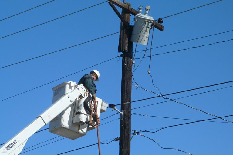 The Okanogan County Public Utility District has scheduled a power outage next week for maintenance and repairs.