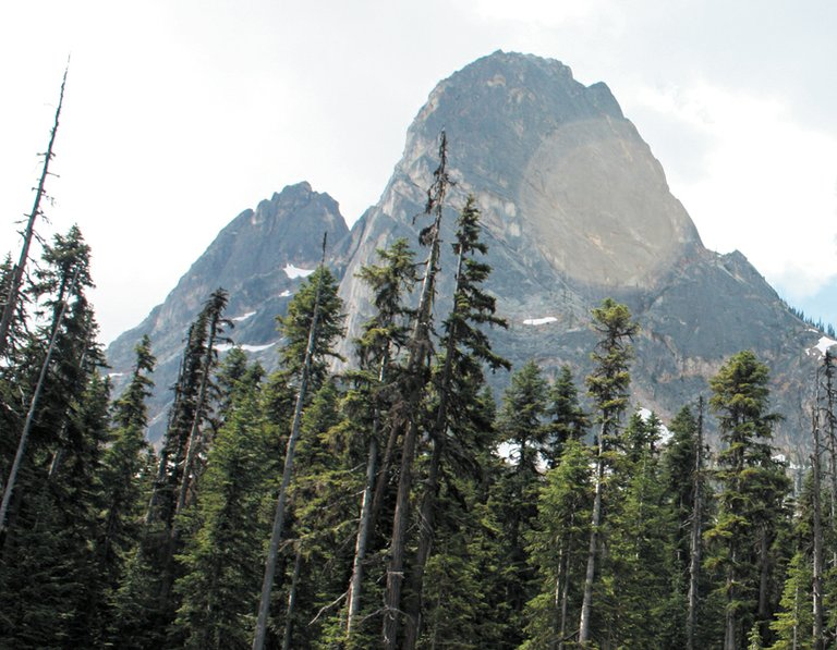 Liberty Bell, shown from the head of the road to the overlook, is the signature mountain for the North Cascades Highway.