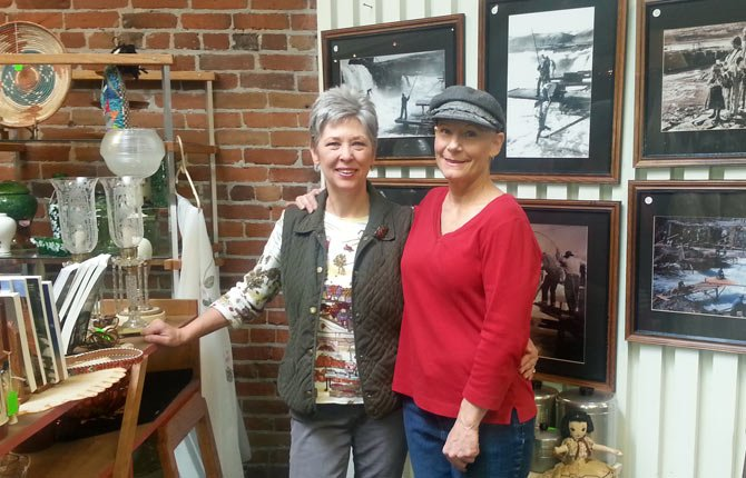 Terry Lee has joined Marty Hunt as the new owners of Breezeway Antique Boutique at 313 E. Second St.