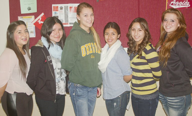 Sunnyside High School students of the month for October include (L-R) Diana Maldonado, Elizabeth Adame-Gomez, Navi King, Alyssa Ceja, Larissa Fuentes and Megan Casseday. Not pictured are Raul Ramirez, Brandon Reynosa and Yessica Honstein. Sunnyside High School is hosting its fall sports awards ceremony tonight (Tuesday) at 6:30 p.m., and will be the site for the annual fall Tolo Dance this coming Saturday, Nov. 23.