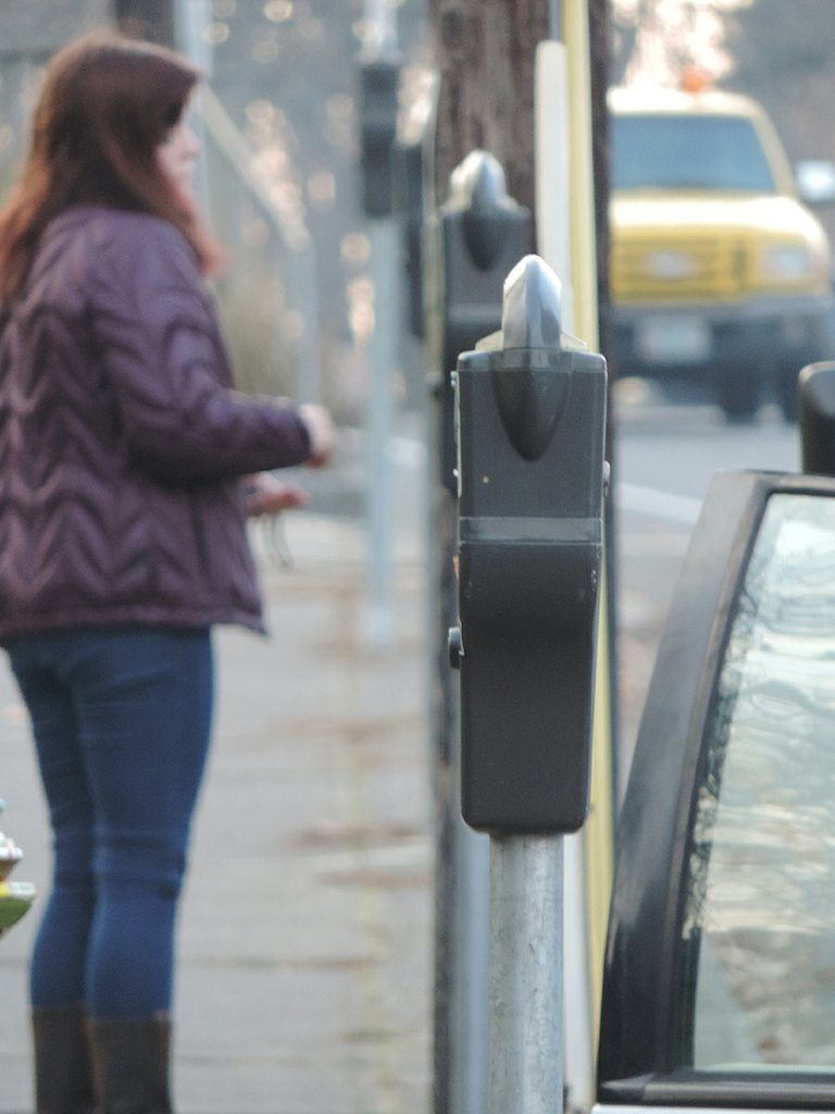 No need to plug the downtown meters between now and Christ-mas Day. The annual holiday free parking period runs Dec. 16-25. That also applies to the two meters on the Heights (yes, there are two) on 11th near June Street.