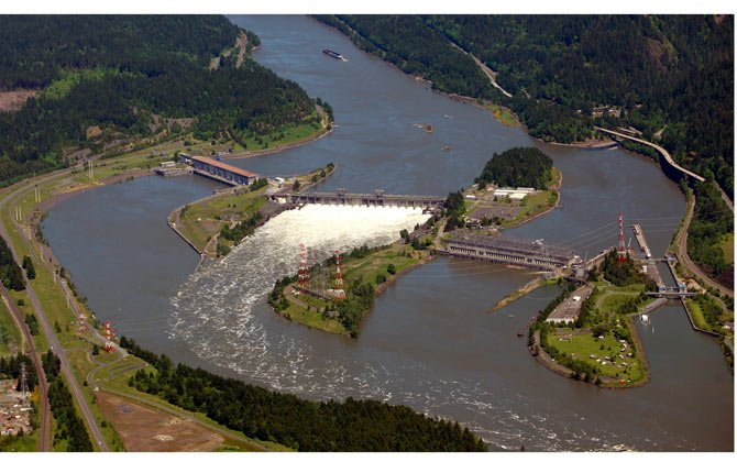 Bonneville Dam is shown on the Columbia River near Cascade Locks.  The federal government released Jan. 17, a final version of its management plan for protecting salmon and steelhead killed by federal dams on the Columbia River.