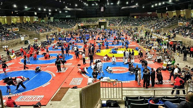 wall-to-wall wrestling over the weekend at the annual Oregon Wrestling Classic in Redmond.The HRVHS team won two and lost three in the tough dual-meet tournament.