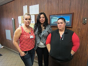 Dinora Trejo, center, with Juana and Paula Magana, who helped her prepare food.