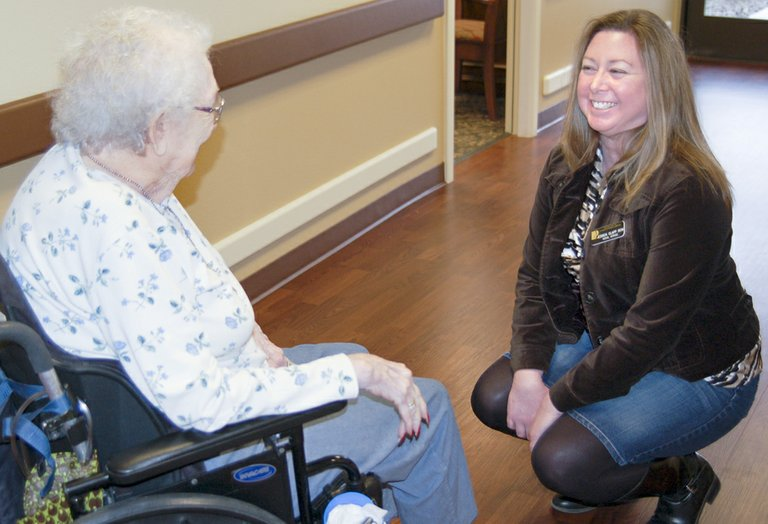 Social Services Coordinator Jessica Clapp (right) talks with Betty Hicks at Prestige Care and Rehabilitation in Sunnyside. Clapp recently moved from the Toppenish Prestige Care facility to Sunnyside.