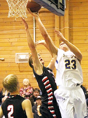 Salmon River's Leighton Vander Esch went for 31 points against previously undefeated Prairie last Thursday night, Feb. 6, as the Savages avenged an early-season road loss at PHS with a 69-59 home win.