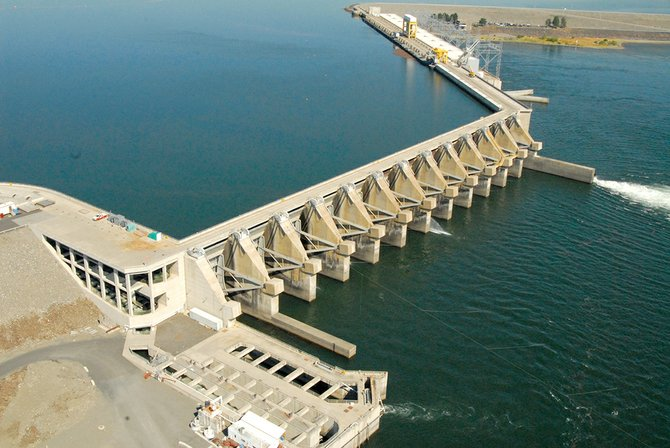 A crack discovered at Wanapum Dam in February has led to a historic draw-down of water and a plan to truck fish around the facility.
