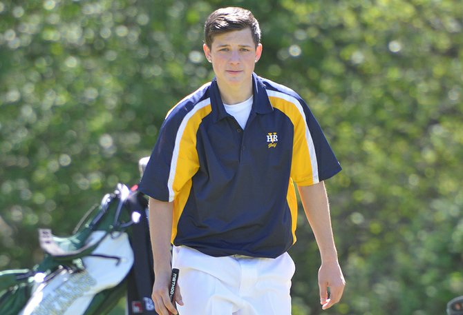 Dan Kuechmann shot an 88 to lead the boys team.