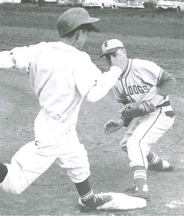 1962- GHS vs Orofino -- Buck Fitch of Grangeville on first.