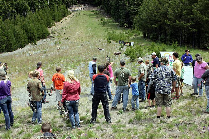Appleknockers Bowmen drew nearly 350 people from around the northwest for the club's annual Little John 3D Shoot.