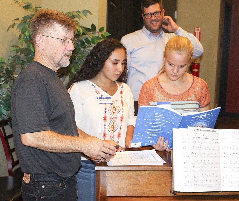 actors practice songs as part of their white christmas auditions tuesday night at the princess theatre - Actors In White Christmas