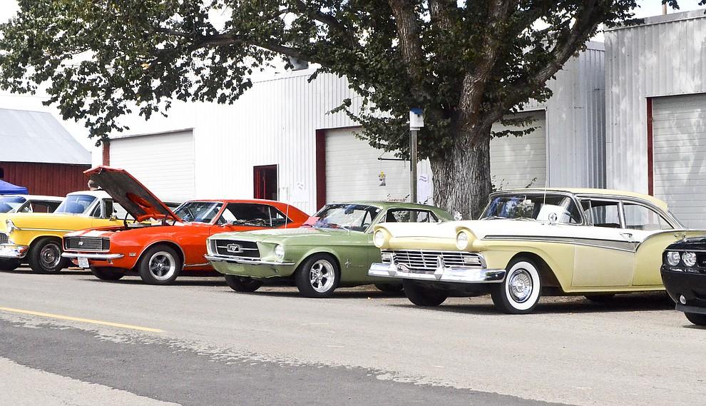 Bickleton Hosts Classic Car Showcase Sunnyside Daily Sun - Classic car showcase