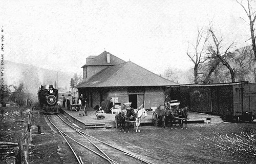 The train station in Stites circa 1909.