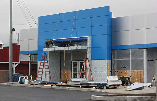 A new 5,500 square foot, state of the art showroom is being built by the Tonkin Auto Group at 2222 W. Sixth Street. The new facility will spotlight Chevrolet, Buick and GMC vehicles, and is expected to be completed in December.