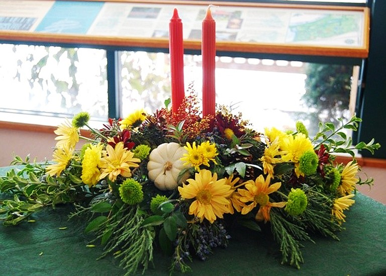 Yakima floral designer, Marci Venable will be demonstrating how to make a Thanksgiving centerpiece at 10 a.m. Saturday at the Yakima Area Arboretum, 1401 Arboretum Drive.  Call 509-248-733 to register for the two-hour class.