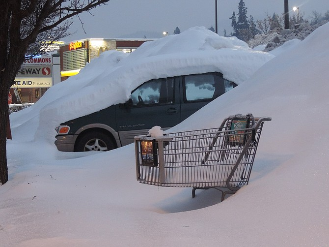 Above, the marooned van (and cart) at Safeway.