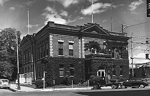 Russ Brown, Mike Kilkenny, John J. Wood, Gary Conley, Mary Batty, Terray Harmon, Lee Langston of Moro, Caroline Homer, Teresa Goff-Lindsay and Reba Barnhouse-Lloyd all contributed to this report.