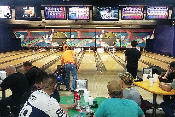 With winter weather lifting, area residents are again turning out at night for a little recreation. At Valley Lanes in Sunnyside, bowling, beverages, comradery, burgers and television bring dozens of people out nightly.