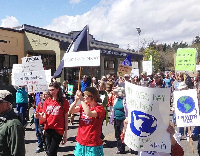 MARCH For Science draws about 350 sign-carrying Gorge residents to downtown White Salmon on Saturday.