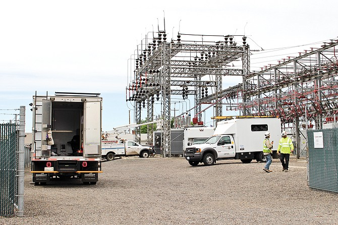 Pacific Power crews begin work at the Sunnyside substation after a squirrel knocked out power to 6,418 customers on Sunday