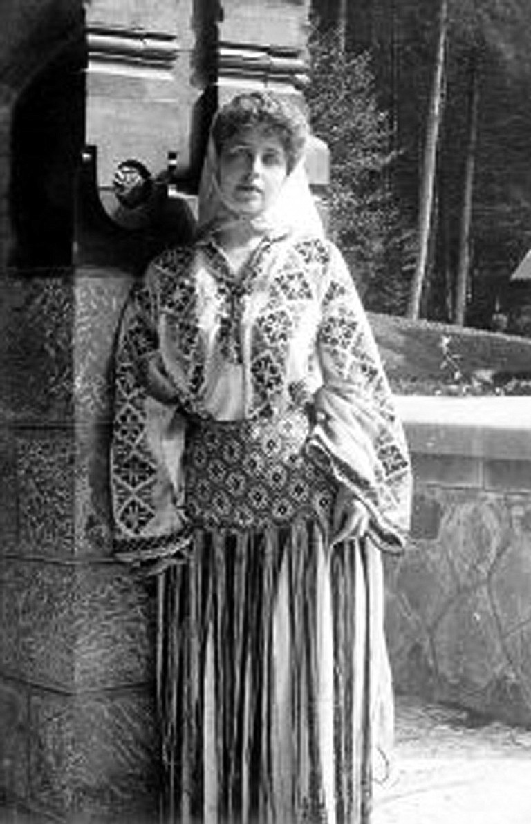 Dressed her native costume Queen Marie of Romania never lived at the Maryhill castle, built for her by Washington's Sam Hill. But she was known to visit.
