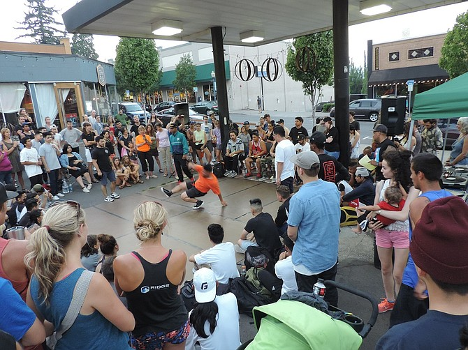 BreakJam filled the front lot of the Oak Street Pub, where crews performed for an all-ages audience of 200 or so.