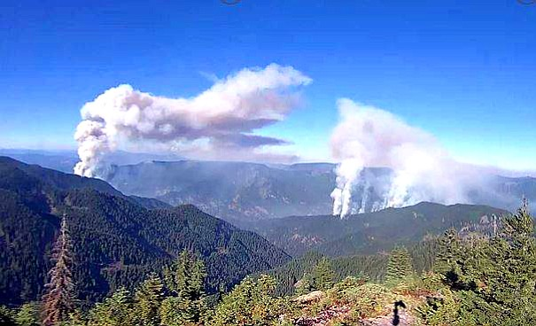A SECOND FIRE along Eagle Creek Trail has separated a group of about 150 hikers Saturday. No injuries are reported, but evacuations are underway. Emergency crews are staged at the trailhead tonight.