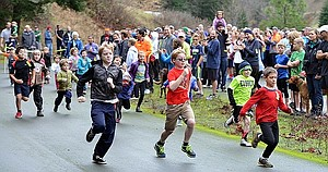 The annual Turkey Trot, a fundraiser for Mosier Community Schools, takes place Thursday morning beginning at the Mark Hatfield West Visitor Center.